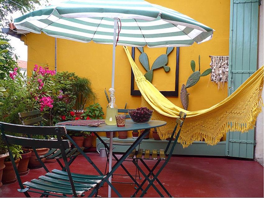 AVIGNON EXTRA MUROS: Beau duplex au calme avec terrasse et parking