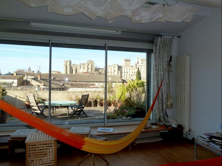 AVIGNON INTRA MUROS: Appartement d'architecte avec 2 terrasses et magnifique vue sur le Palais des Papes