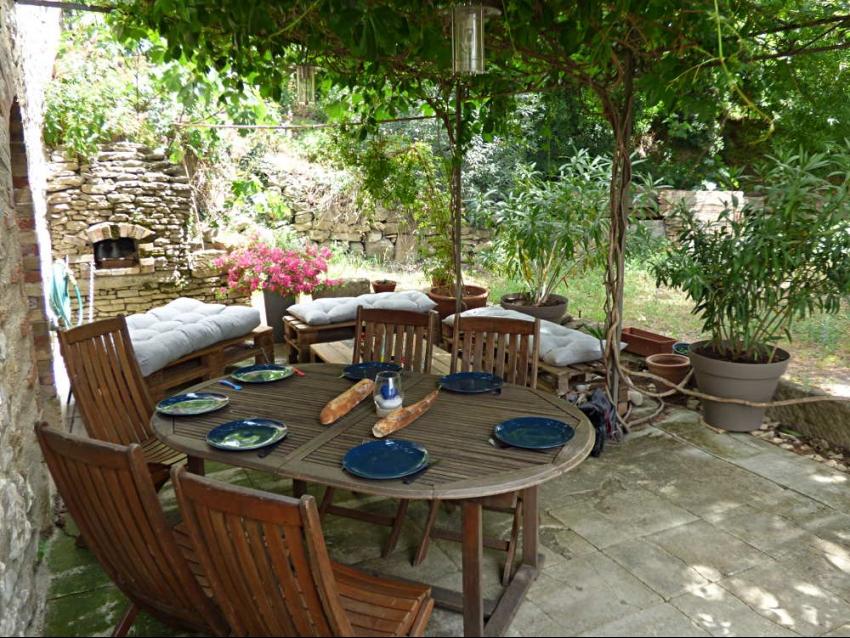 location-luberon-robion-terrasse 3