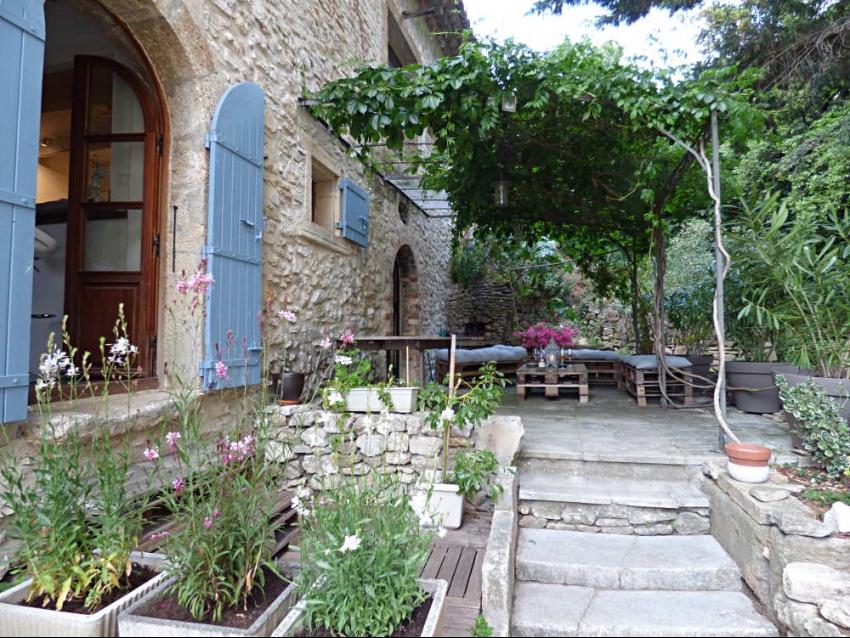 location-luberon-robion-terrasse 1